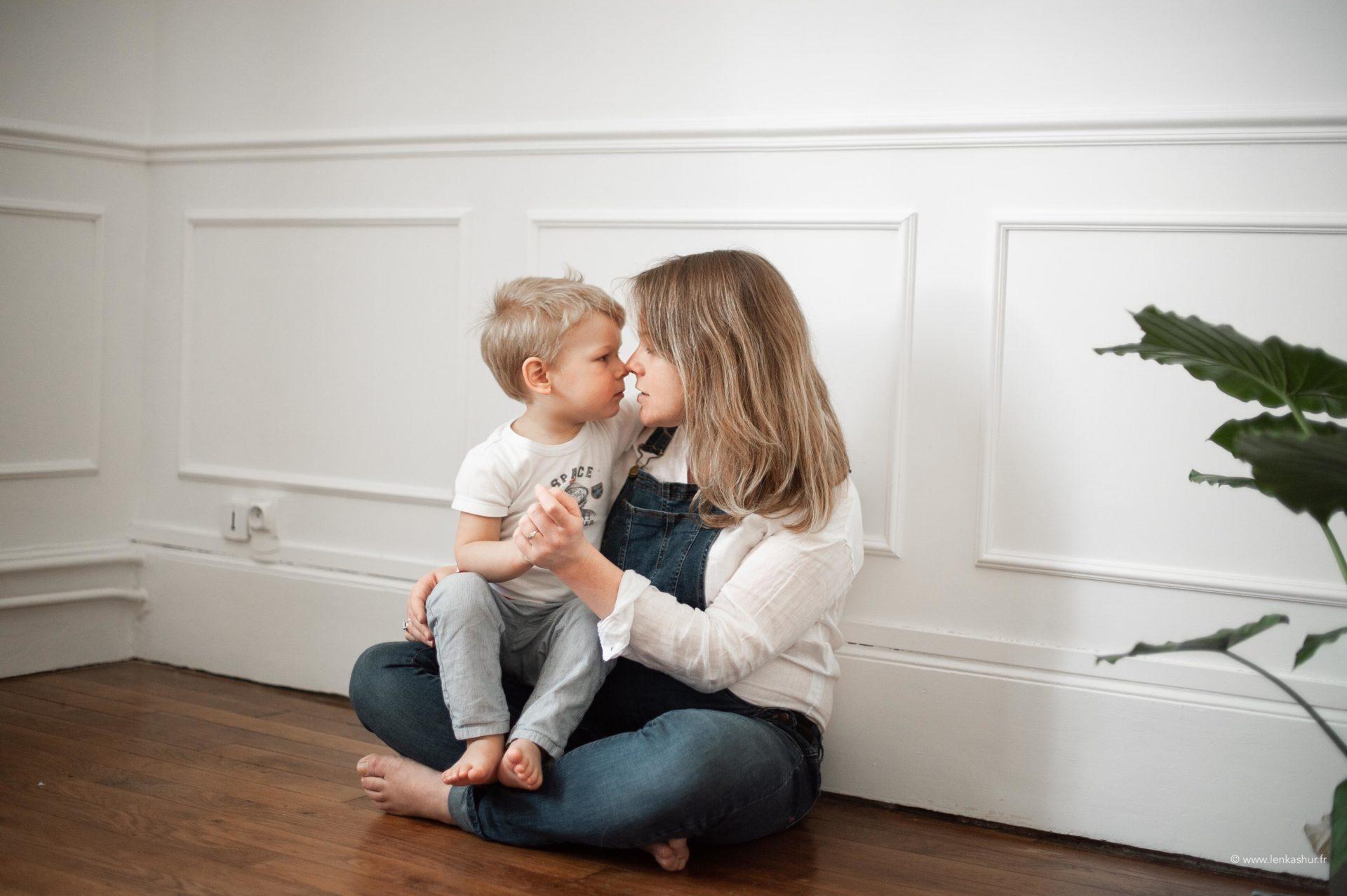 Session de grossesse avec ses enfants à Orléans